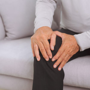 senior man knee pain